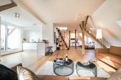 *VERKAUFT* Neu ausgebautes Dachgeschoß mit Rooftop-Terrasse, 80634 München-Neuhausen, Dachgeschosswohnung