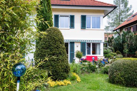 *VERKAUFT* Doppelhaushälfte mit charmantem Garten, 81245 München-Aubing, Doppelhaushälfte
