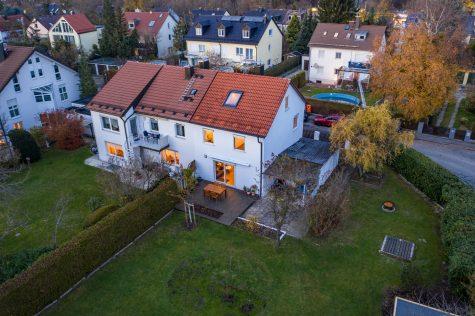 [Erbpacht] Modernisierte DHH mit Anbaupotential auf großem Grundstück, 81475 München-Fürstenried, Doppelhaushälfte
