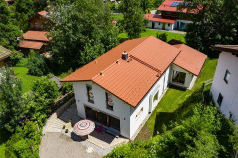 Neuwertiges Traumhaus mit Wendelsteinblick südlich vom Schliersee, 83727 Schliersee-Neuhaus, Einfamilienhaus